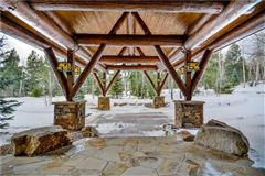 Luxury homes in Three Bears Ranch in silverthorne