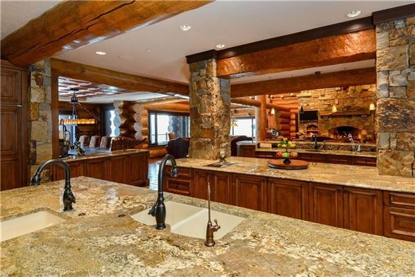Three Bears Ranch in silverthorne mansions