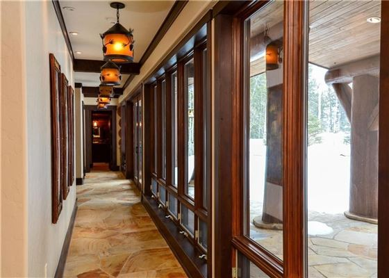 Mansions in Three Bears Ranch in silverthorne