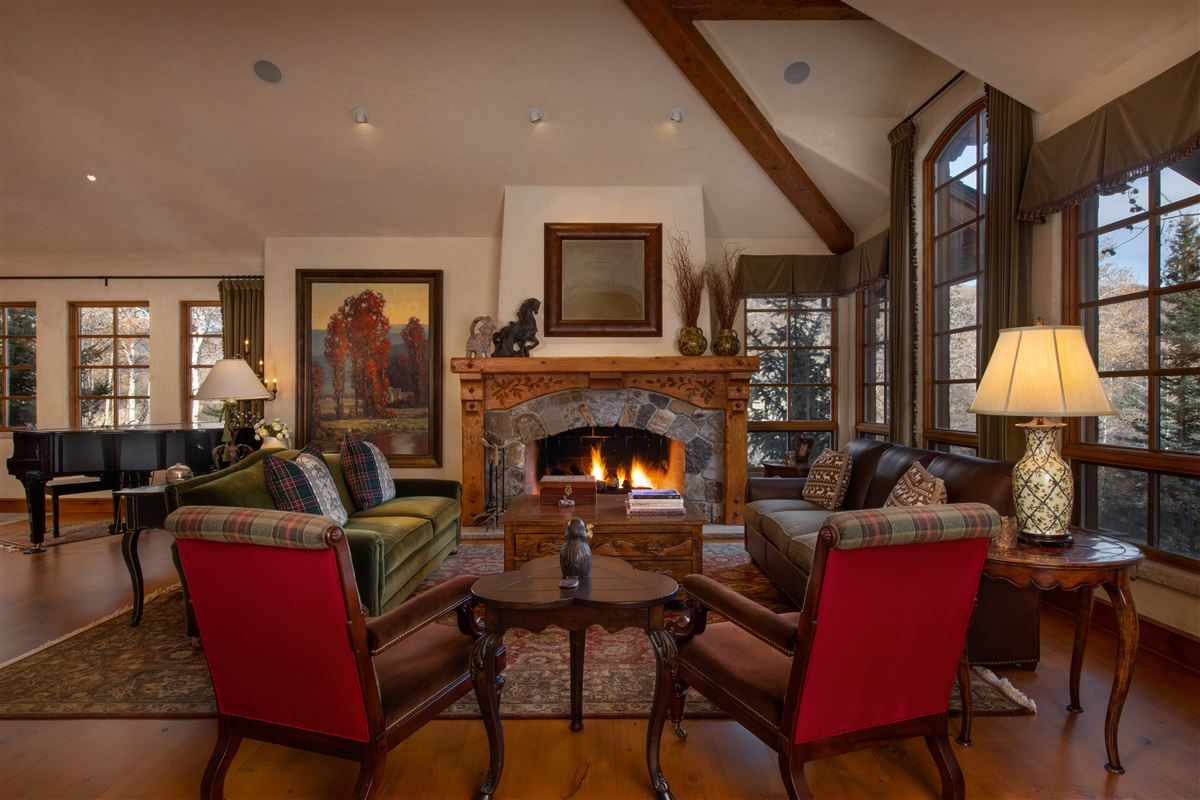 Charming mountain ski home  luxury real estate