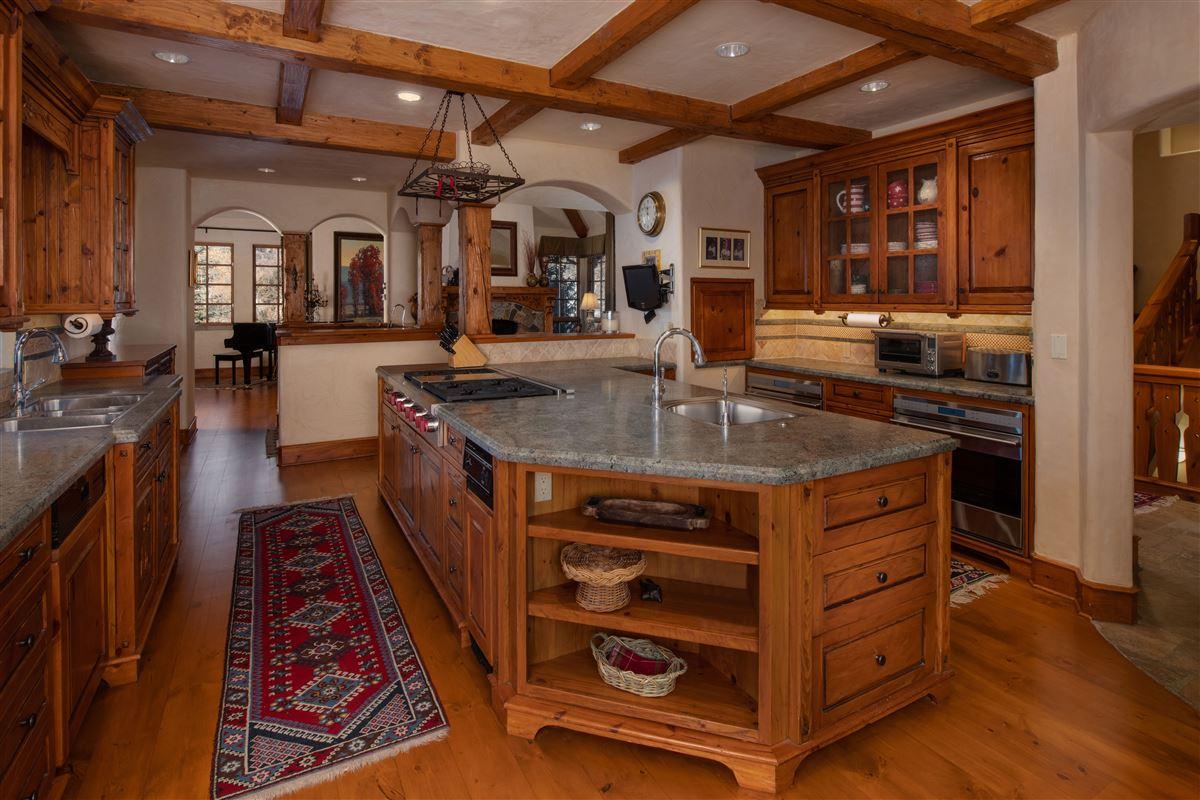 Luxury real estate Charming mountain ski home
