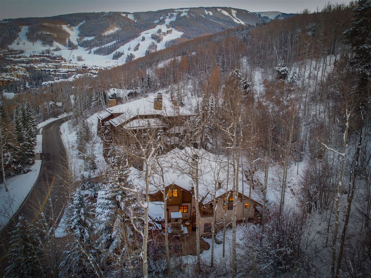 Charming mountain ski home  mansions