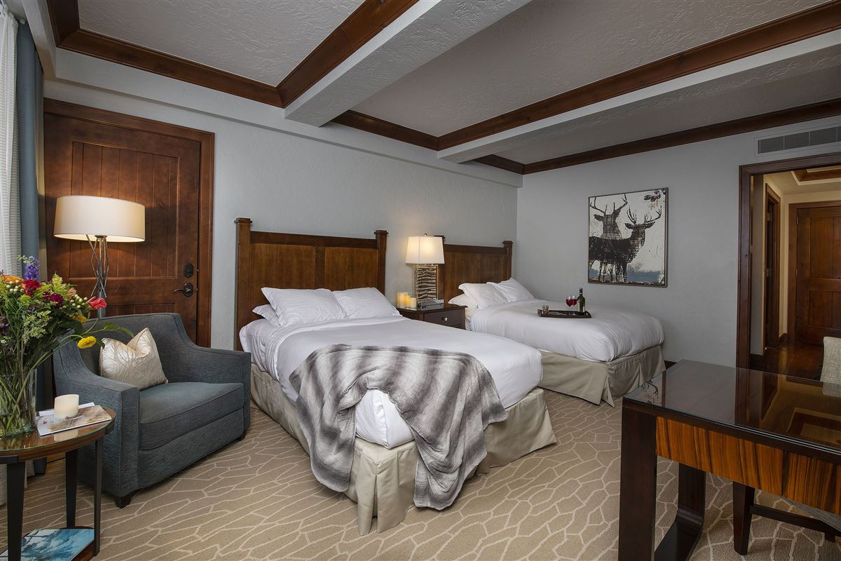 Luxury homes turnkey Ritz Carlton luxury home