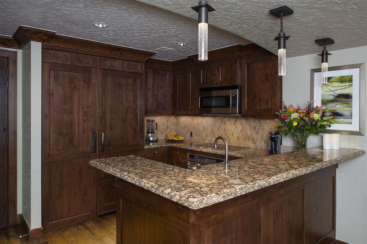 Luxury real estate turnkey Ritz Carlton luxury home