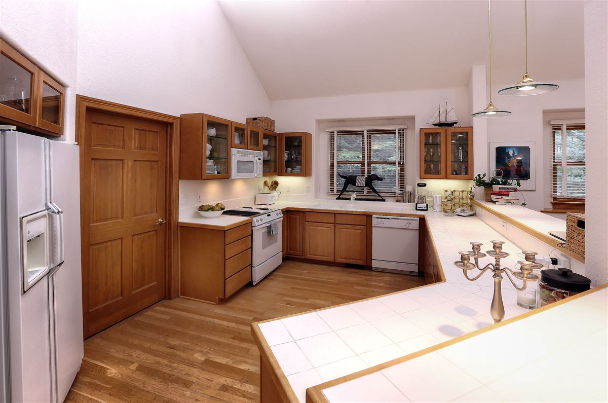 lovely and bright Springs home  luxury properties