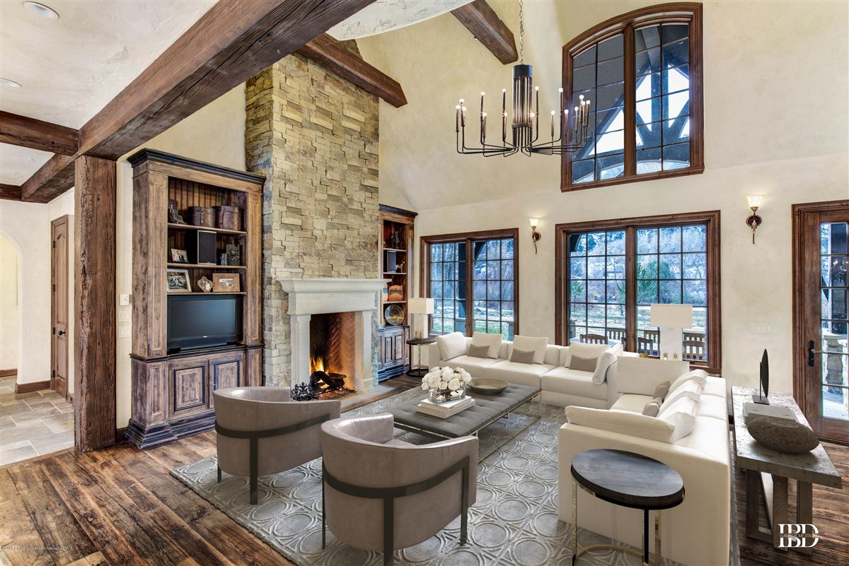 enchanting chateau  luxury real estate