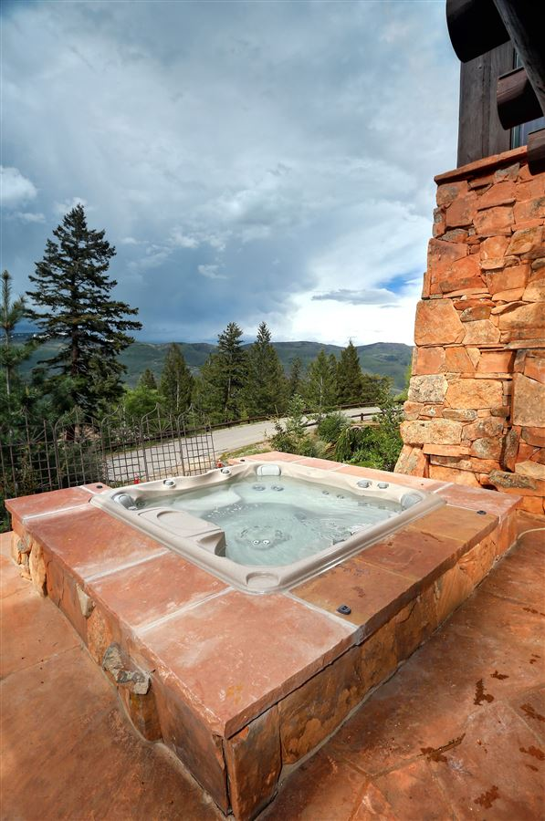 quintessential mountain retreat with open views luxury real estate