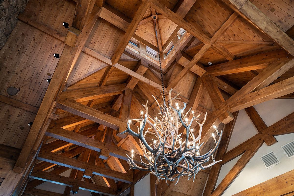 Spectacular views of the Gore Range luxury homes