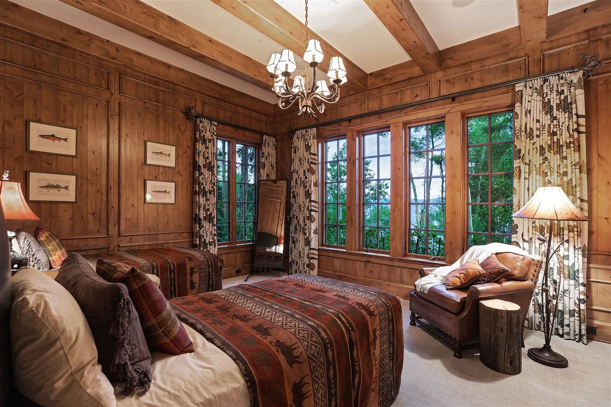 Spectacular views of the Gore Range mansions