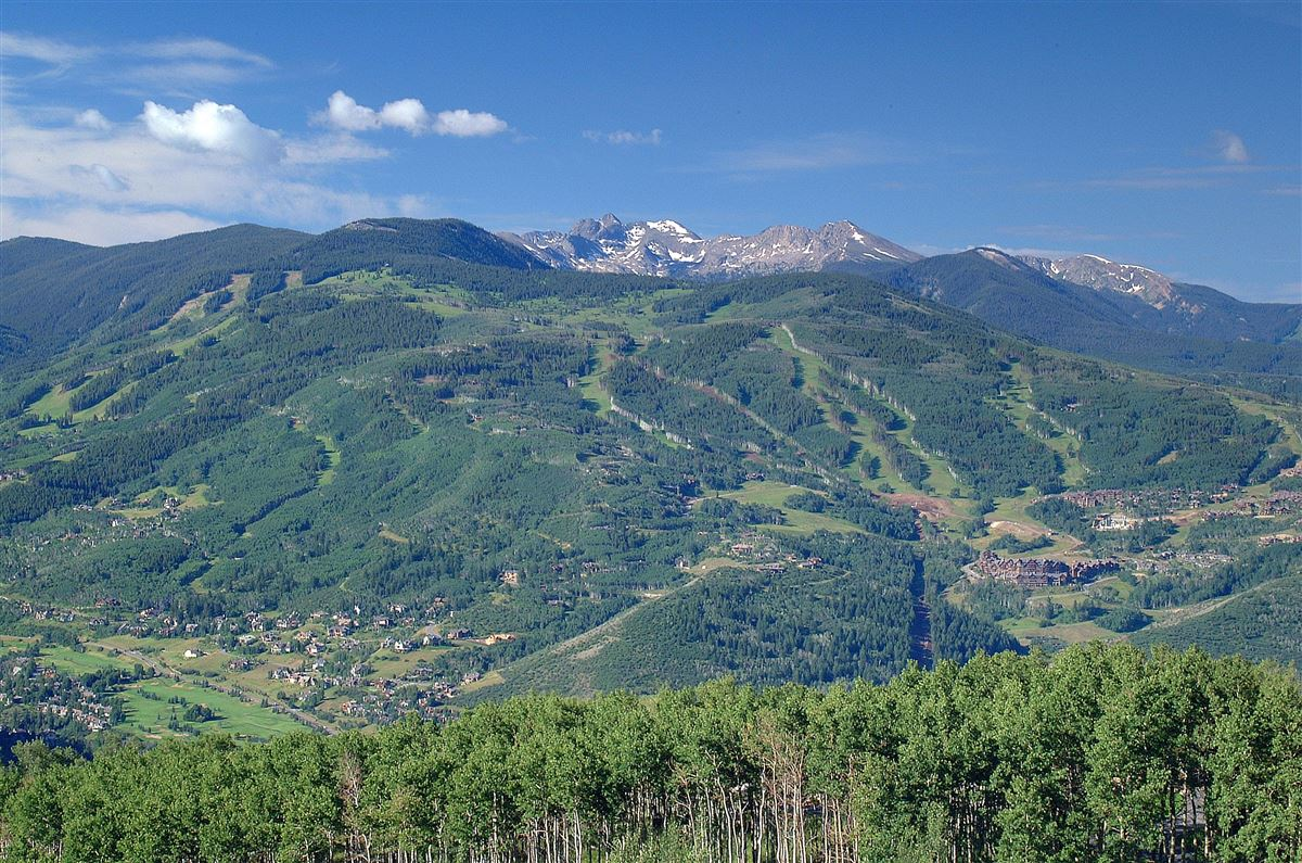Ritz-Carlton Residential Suite HS325 | Bachelor Gulch luxury homes