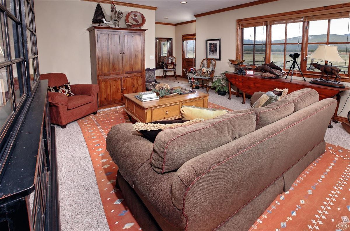 Luxury real estate The Wild Horse Ranch