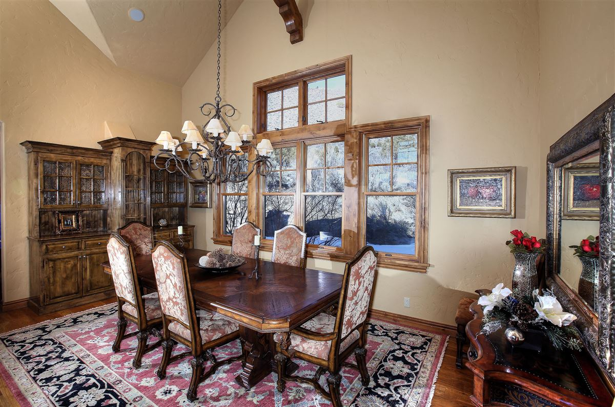 Luxury properties  very private home in edwards