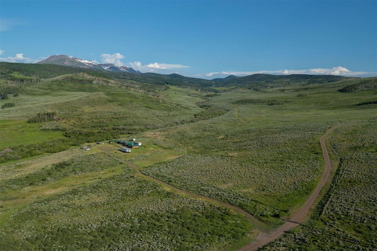 Mansions in Premier Colorado Legacy Ranch