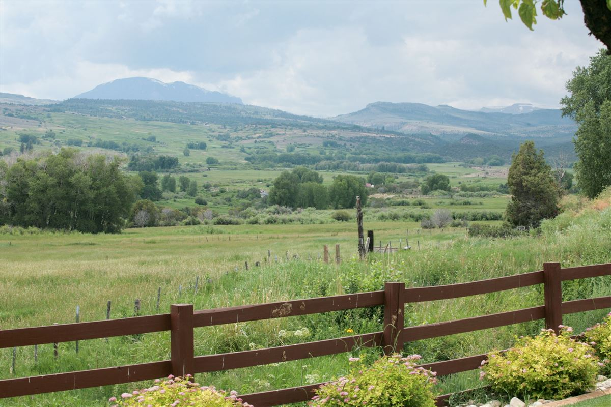 Premier Colorado Legacy Ranch luxury homes