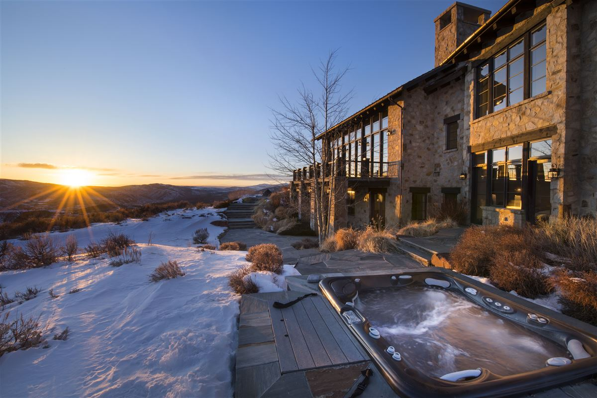 Luxury real estate contemporary high-country luxury home in Colorado