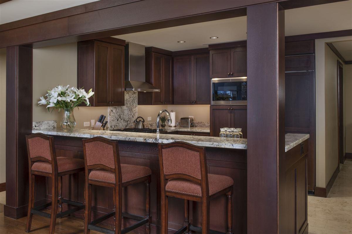 Luxury real estate award-winning Four Seasons Resort
