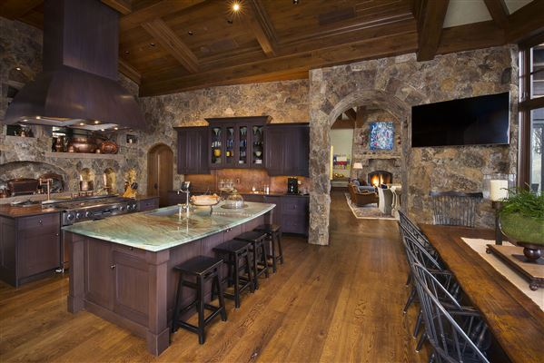 true trophy property on the mountain luxury properties