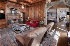 Luxury homes true trophy property on the mountain