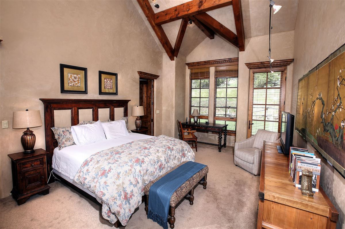 beautiful 40 acre ranch luxury real estate