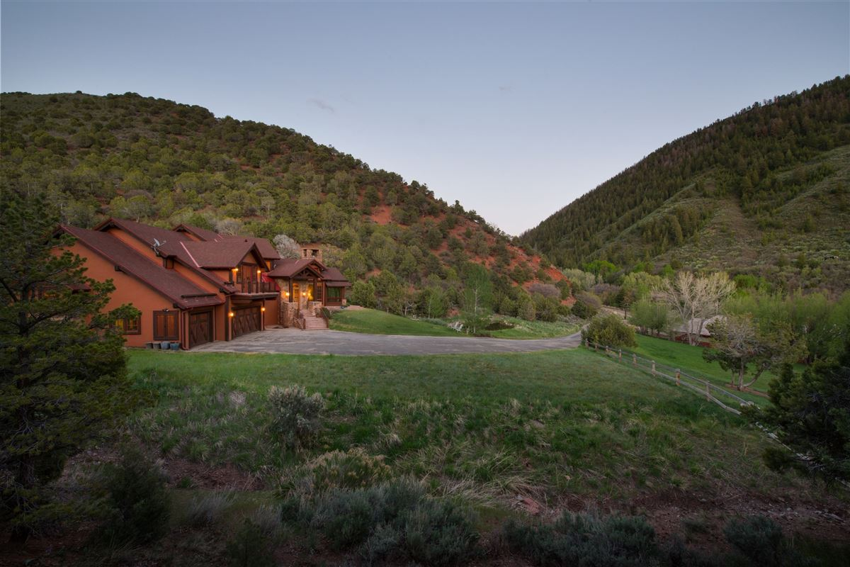 Luxury real estate beautiful 40 acre ranch