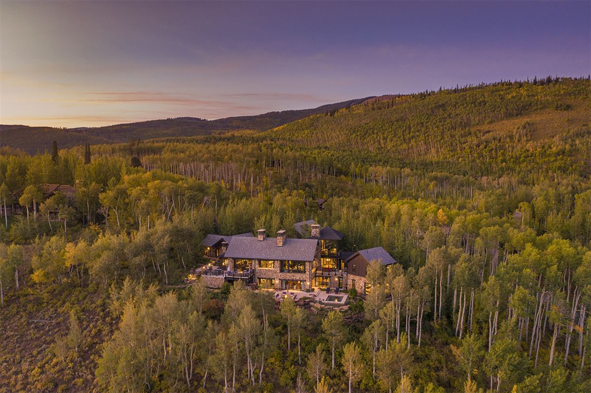 six bedroom Mountain star home with sweeping Valley views luxury properties