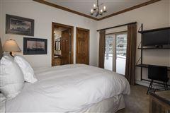 sophisticated mountain modern renovation luxury properties