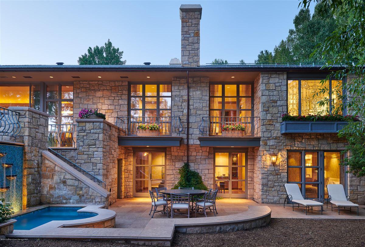 Luxury homes magnificent Aspen estate