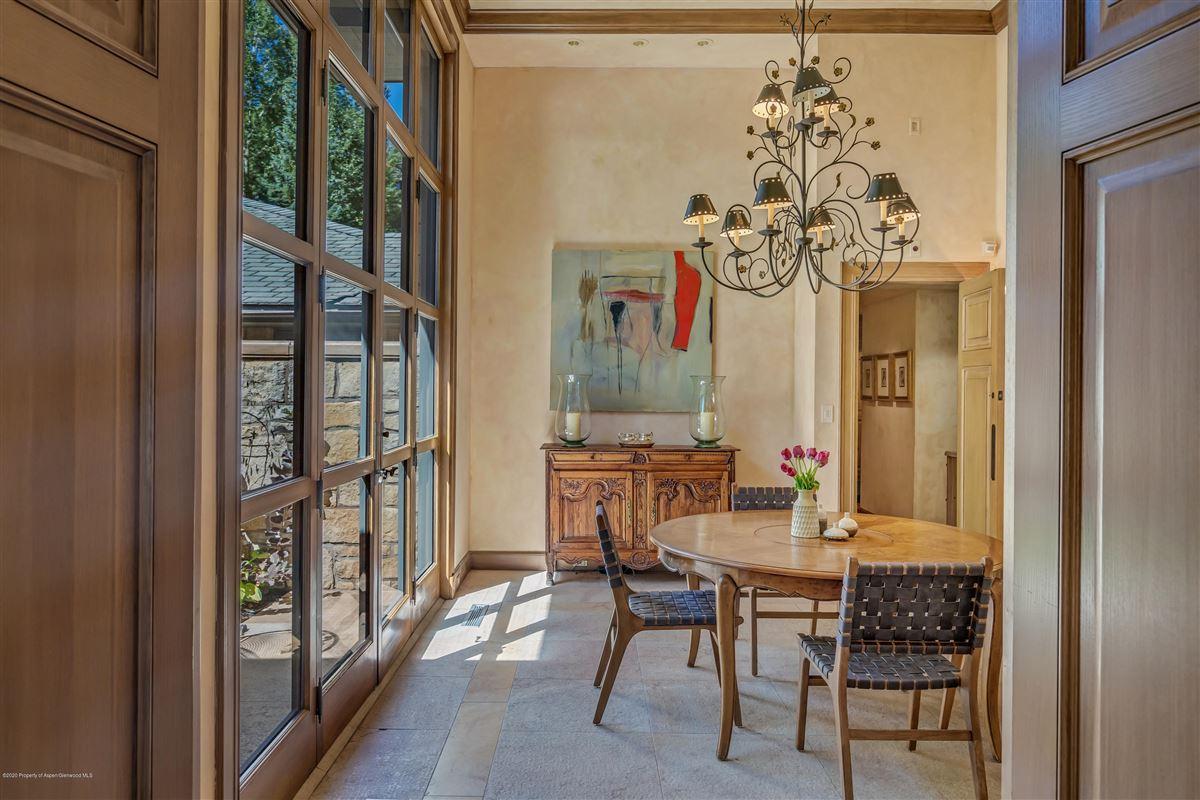 Mansions in magnificent Aspen estate
