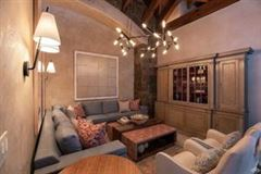 Luxury real estate Exclusive luxury residence in coveted area
