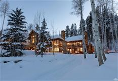 Exclusive luxury residence in coveted area luxury homes