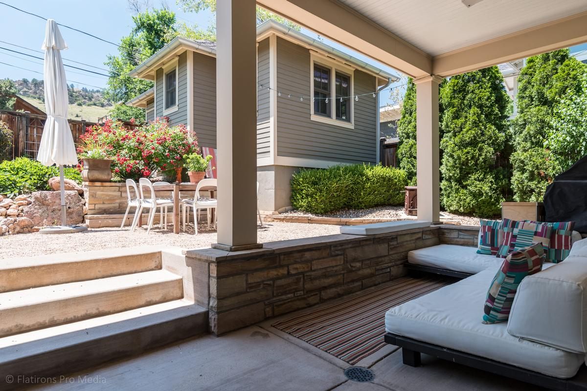 Mansions in Picture Perfect West Boulder