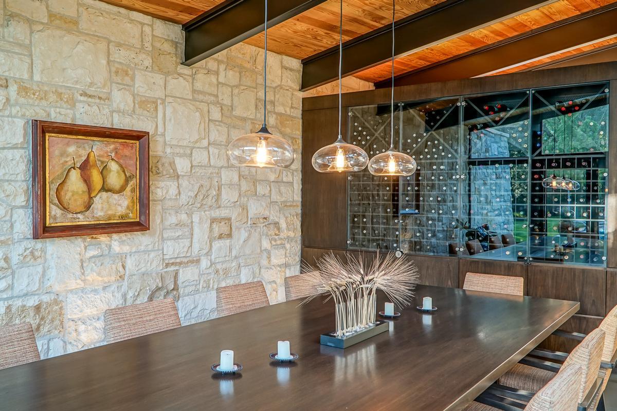 Flapjack Farm on 15 Pastoral Acres  luxury real estate