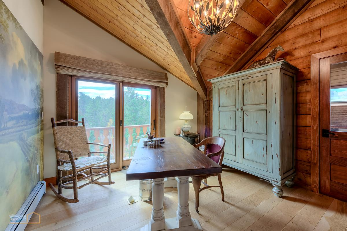 Ultra-luxurious mountain chalet luxury properties