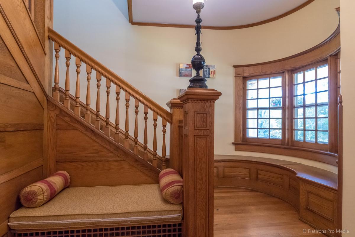 Mapleton Hill Masterpiece luxury homes