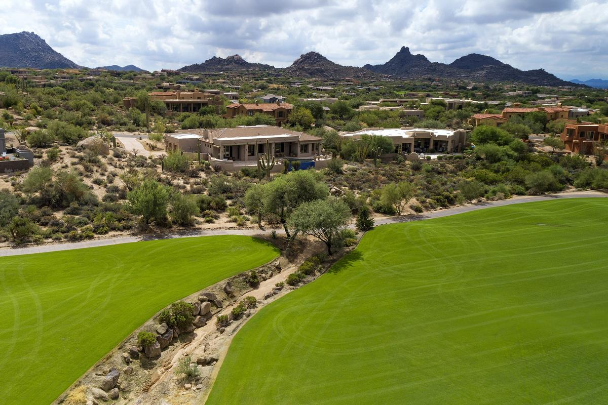 Troon North Golf Course and Mountain Views mansions