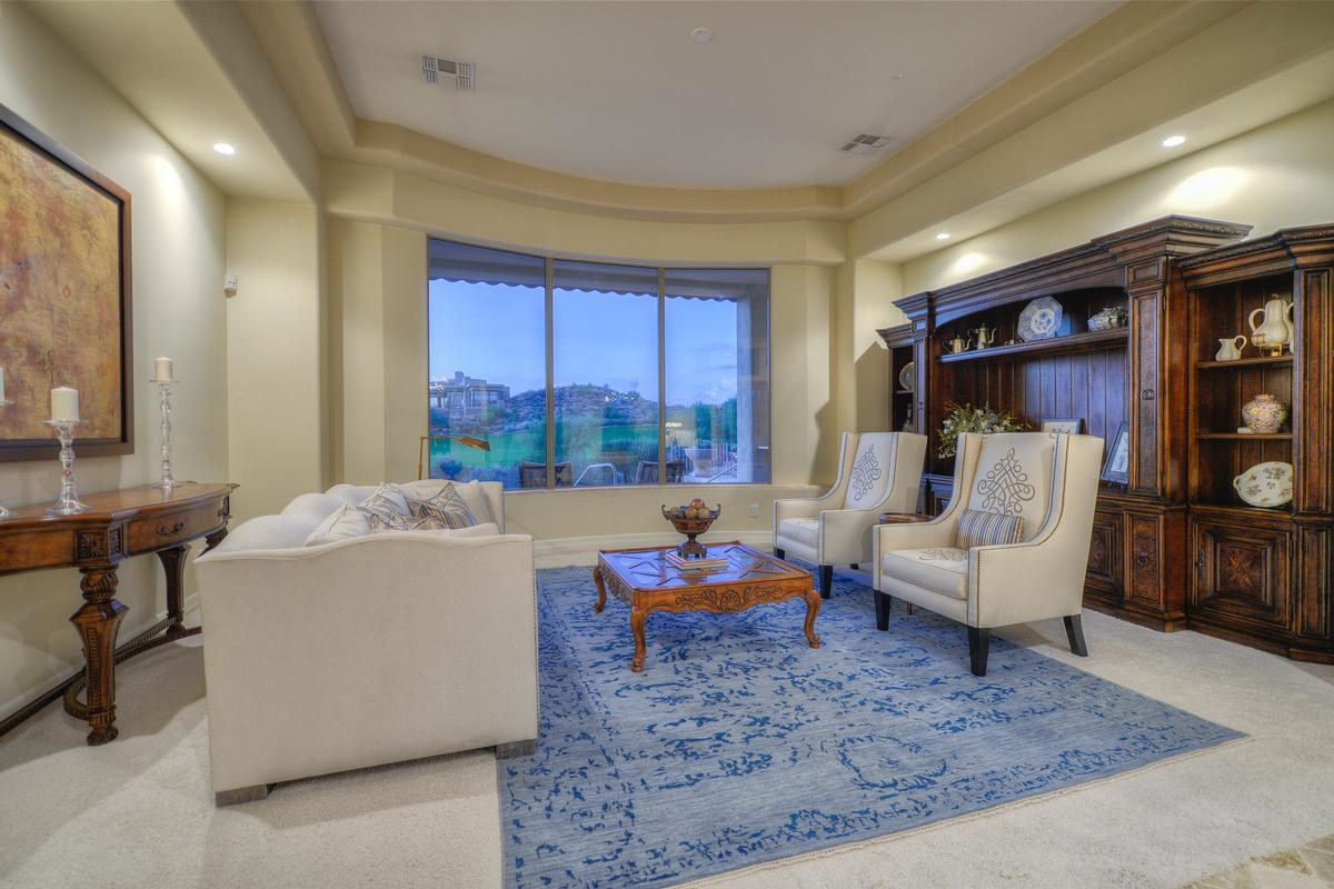 Luxury real estate Troon North Golf Course and Mountain Views