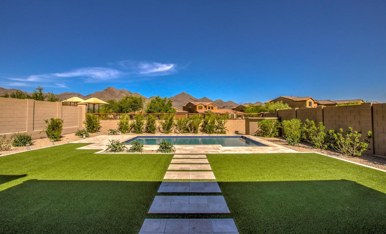 Luxury homes Beautiful like-new Scottsdale