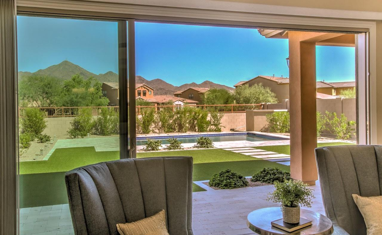 Beautiful like-new Scottsdale luxury real estate