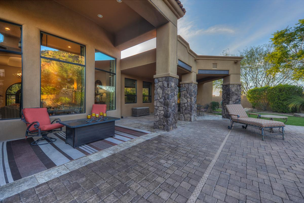 Troon Mountain Views in Troon, Scottsdale Arizona mansions