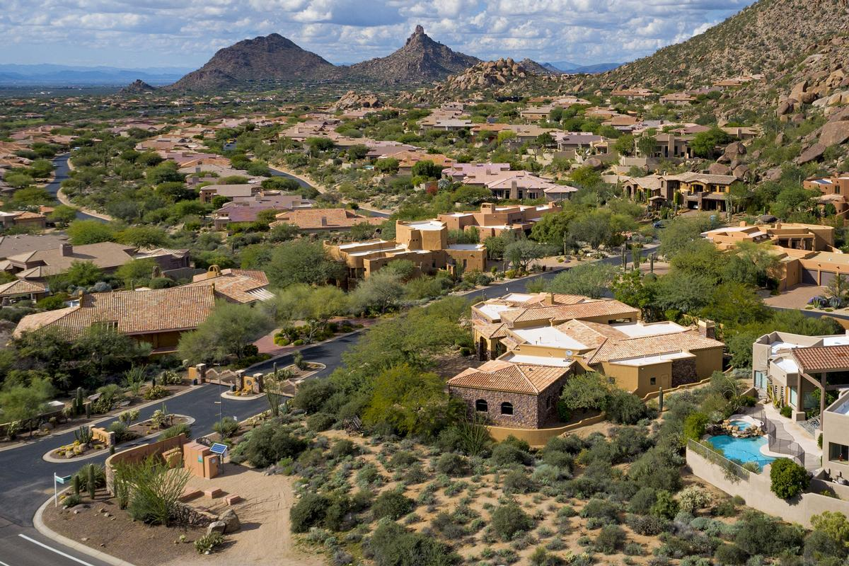 Troon Mountain Views in Troon, Scottsdale Arizona luxury real estate