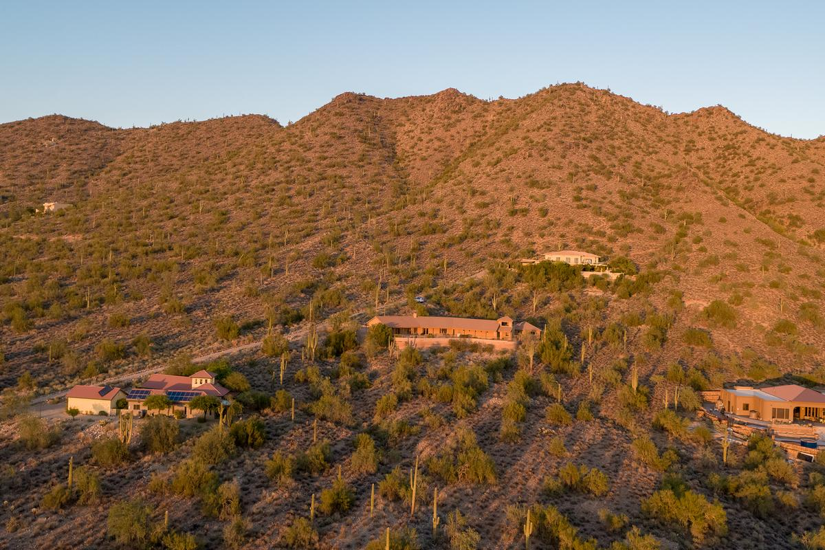 Cave Creek Desert Oasis luxury real estate