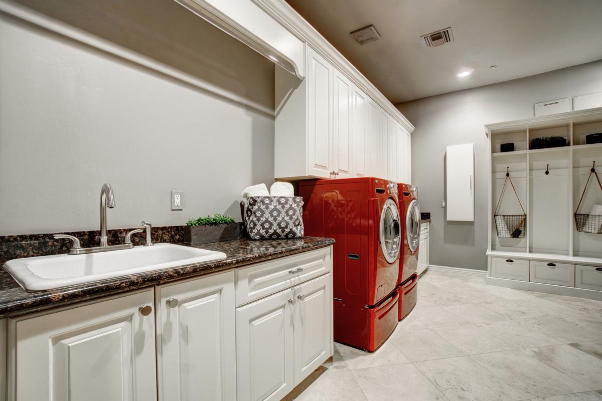 Luxury homes Ideal Arizona Living