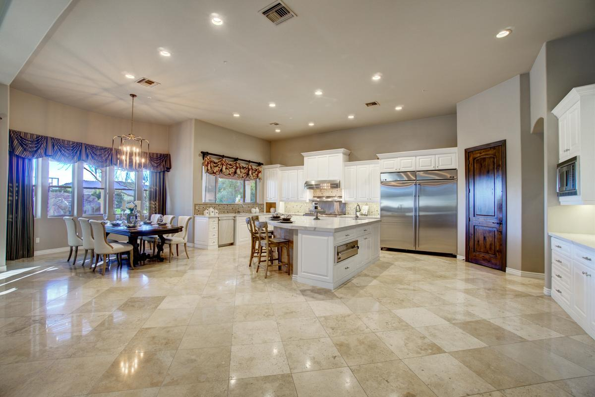 Luxury homes in Ideal Arizona Living