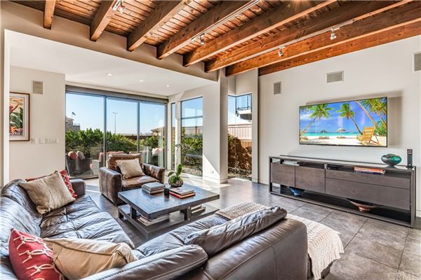 beachfront masterpiece luxury homes