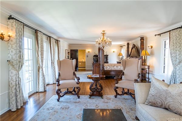 historically significant Redondo Beach home  luxury real estate