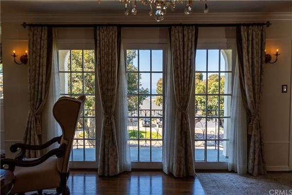 historically significant Redondo Beach home  luxury properties