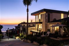 Luxury homes in unparalleled new custom home