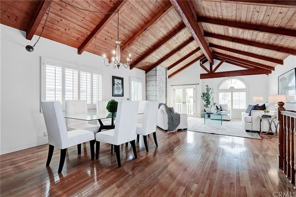 Luxury homes A fantastic opportunity to live in Hermosa Hills