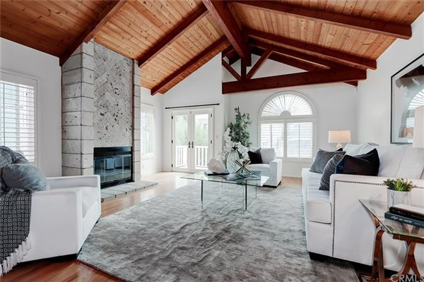 A fantastic opportunity to live in Hermosa Hills luxury homes