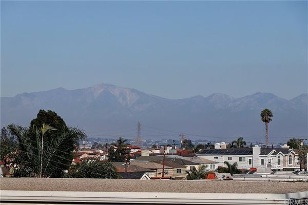 A fantastic opportunity to live in Hermosa Hills luxury properties